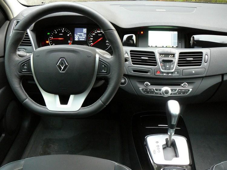 Renault Laguna GrandTour 2.0 dCi AT