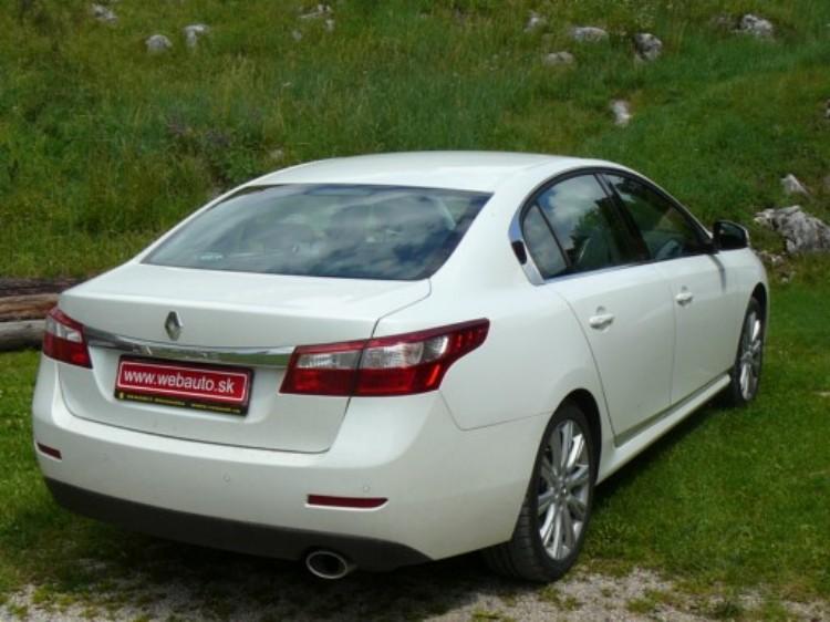 Renault Latitude 2.0 dCi AT